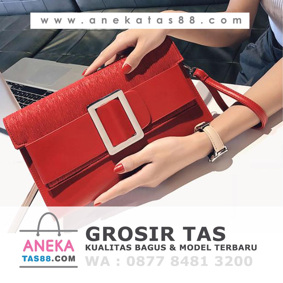 Grosir tas import di Padang